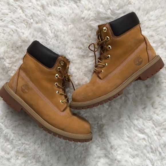 fb3597b22801c Timberland Shoes | Euc Womens Boots Size 7 Mens Size 5 | Poshmark